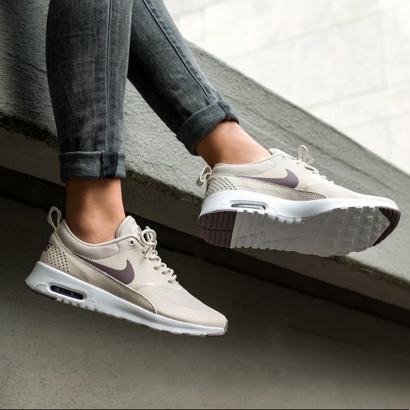 LIMITED Nike Air Max THEA Taupe